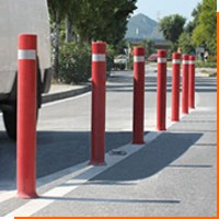 Пластиковые дорожные столбики