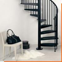 Выбираем металлическую лестницу для дома